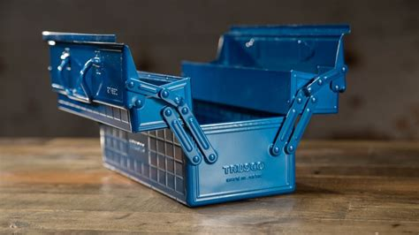 gadget lab a look at the trusco toolbox wired