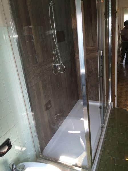 piastrelle tipo legno foto nuova doccia piastrelle tipo legno polis di