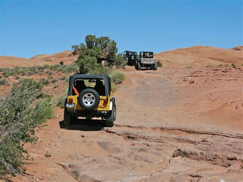 jeep utah traveling through moab utah photo image gallery