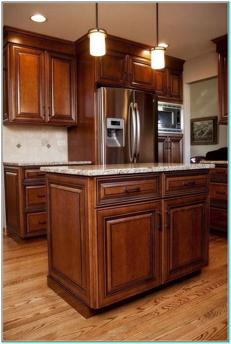 how to stain kitchen cabinets 25 best ideas about glazed kitchen cabinets on