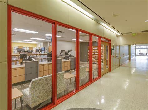 Retail Pharmacy by Retail Pharmacy 2km Architects