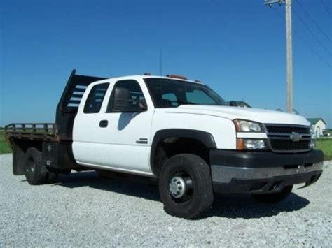 sell used 2006 chevy silverado work truck ext cab longbed tow 55k texas direct auto in stafford sell used 2006 chevrolet silverado 3500 wt flatbed we finance work ready in higginsville