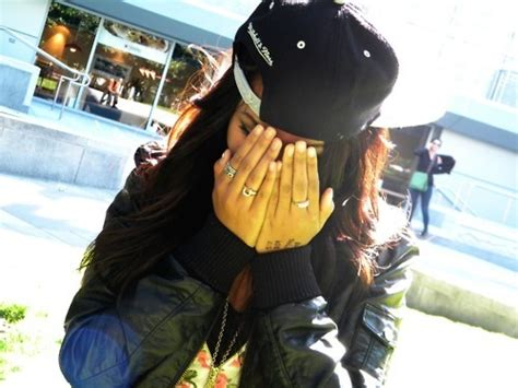 girls with swag and snapbacks tumblr aint even mad doe