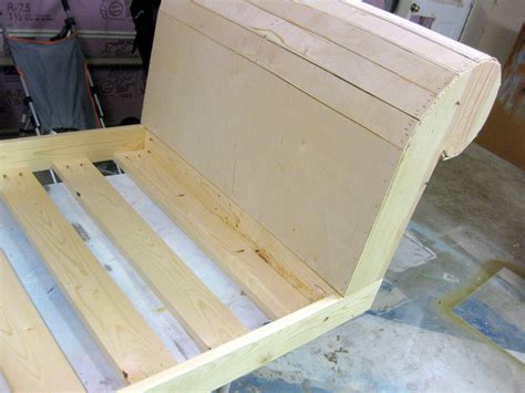 diy fainting couch diy toddler bed fainting couch part 2 reality daydream