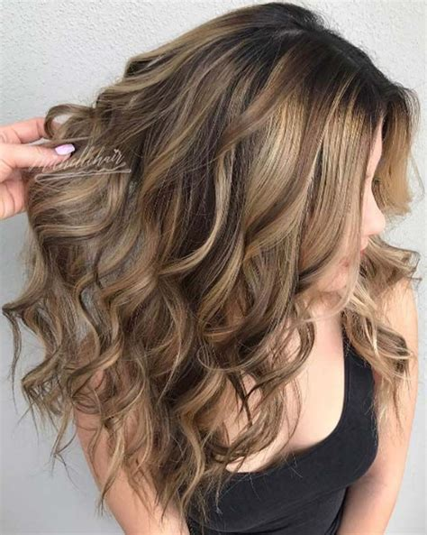dark brown hair with blonde highlights diy best 25 natural looking highlights ideas on pinterest