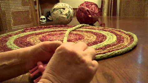 How To Make Handmade Rag Rugs - rug 001 mp4