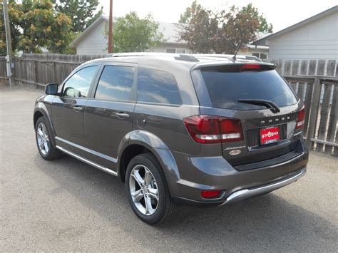 kelley blue book best buys of 2016 small suv 6 small suv best buy of 2018 kelley blue book kbb com best