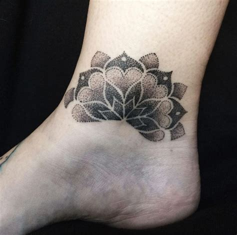 tattoo mandala ankle 50 elegant ankle tattoos for women with style tattooblend