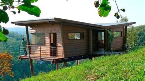 tiny cabin  stilts  brazil