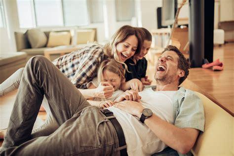 dads enjoy  leisure time  moms healthywomen