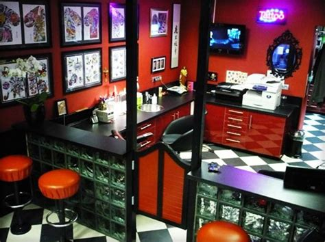 tattoo shops hollywood the flooring idea for partitioned walls