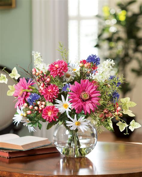 How To Arrange Gerbera Daisies In A Vase by Gerbera Berries Refresh Your Home Or Office For