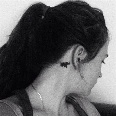 small elephant tattoo behind ear small elephant tattoo behind the ear tattoos