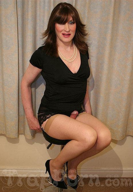 Cross Dresser Stories by Crossdresser Poses Trap