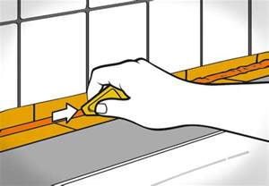 silikon entfernen badewanne silikonfugen entfernen und erneuern obi ratgeber