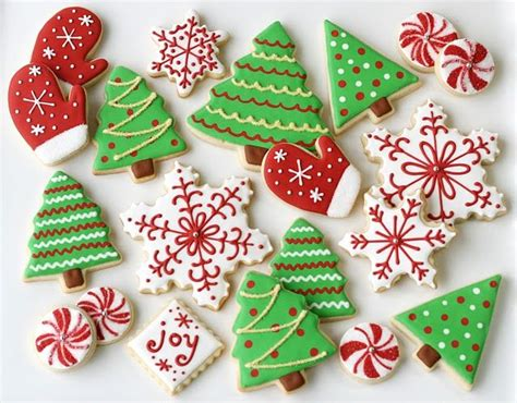 christmas cookies christmas decorated cookies pinterest