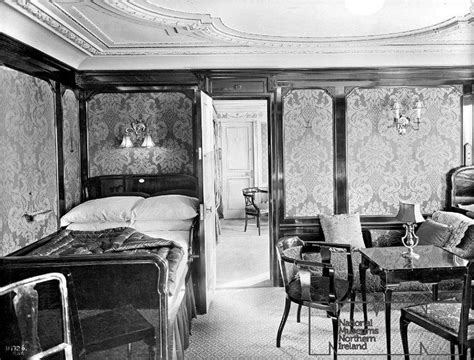 titanic 1st class bedrooms titanic first class suite bedroom b60 titanic fashion
