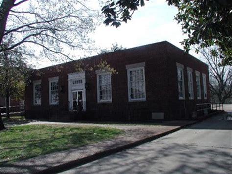 Okolona Post Office by Okolona Mississippi 38860 U S Post Offices On