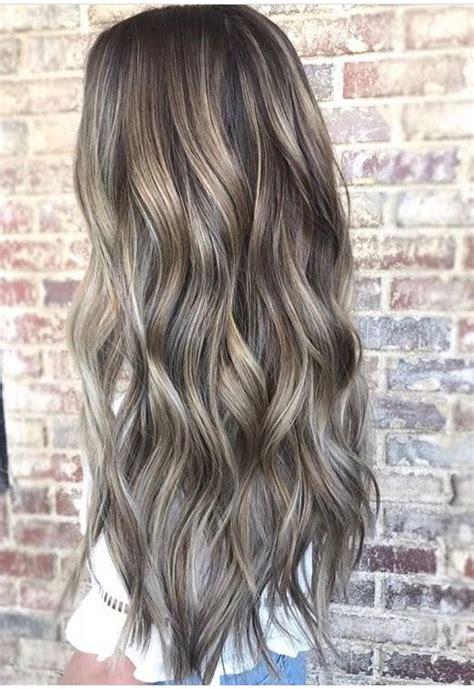 ash brown hair with highlits around face only pin tillagd av tuva forss 233 n p 229 h a i r pinterest frisyr