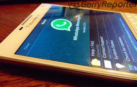 a new whatsapp client for blackberry 10 whatsup10 now
