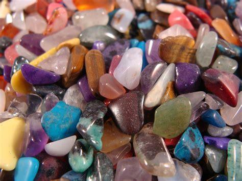 polished gemstones mixed sizes and shapes
