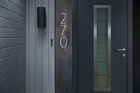 find    choose doorbells  front door wired
