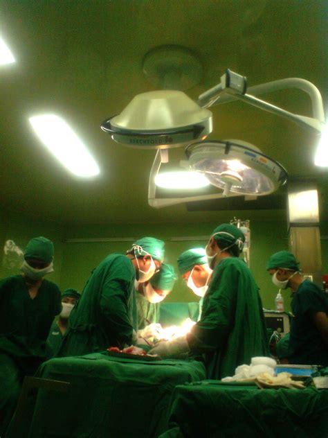 format askep di ruang operasi kamar operasi dominan warna hijau mengapa