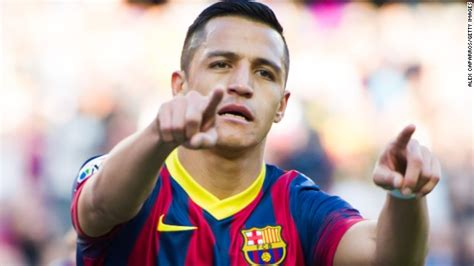 alexis sanchez leaving barcelona alexis sanchez agrees to join arsenal from barcelona cnn com