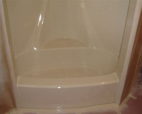 paint for bathtubs and showers how to paint a fiberglass tub