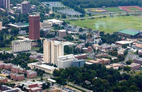 Umass Boston Mba Ranking Businessweek by 7 Massachusetts Schools Rank In Bloomberg Businessweek S