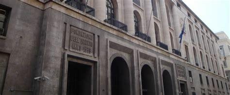 banco di napoli via toledo banda prova l assalto alla sede centrale banco di