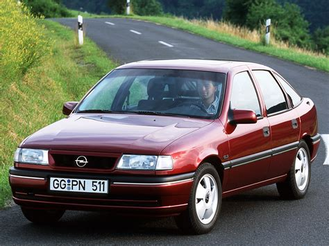 Opel Vectra by 1992 Opel Vectra A Pictures Information And Specs