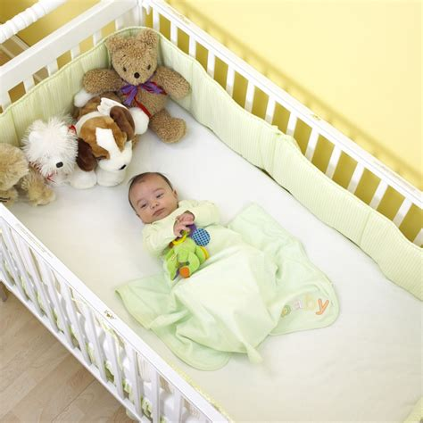 Unsafe Cribs by More Than Half Of Us Babies Sleep Unsafely Says New Study
