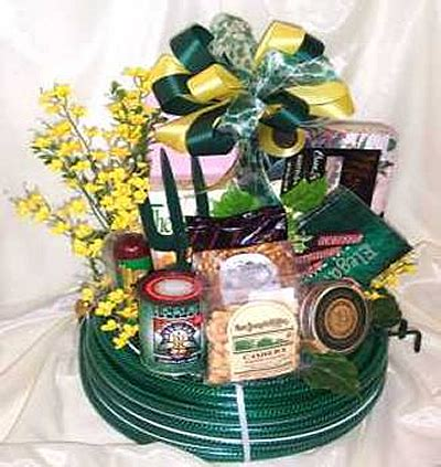 Garden Gift Basket Ideas Our Garden Great Garden Gift Ideas