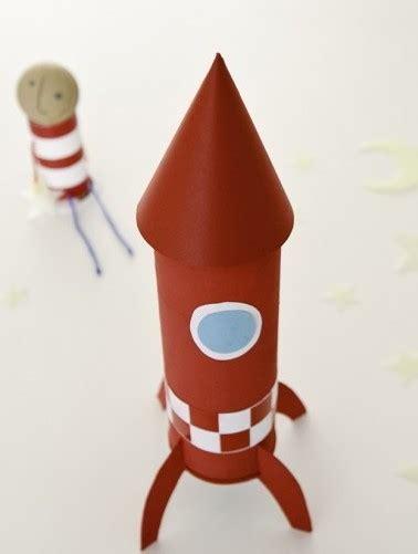 como construir un destructor espacial con materiales reciclados c 243 mo hacer un cohete manualidades para ni 241 os
