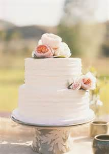 white 2 tier wedding cake 25 best two tier cake trending ideas on 2