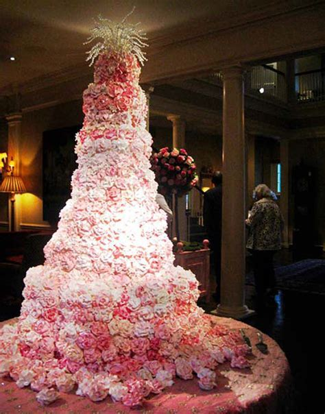 Wedding Cakes   Romantic Decoration