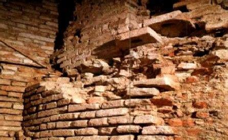 il mattone pavia testo di pavia nascosta i mattoni romani di pavia