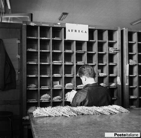 ufficio postale centrale roma smistamento della corrispondenza nell edificio poste