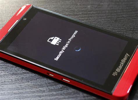 reset blackberry q10 device password blackberry issues vulnerability warning for z10 phones