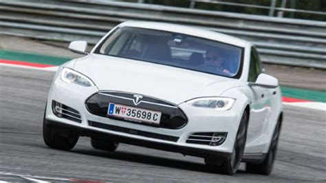 Tesla Model S On Top Gear Tesla Model S P85d Top Gear Test Drive