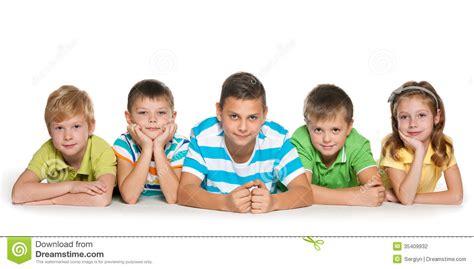 imagenes bebes alegres cinco ni 241 os alegres fotograf 237 a de archivo imagen 35409932