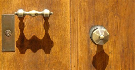 Cleaning Brass Door Knobs by How To Clean Brass Door Hardware Ehow Uk