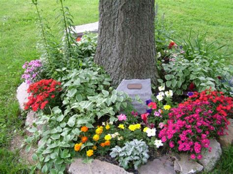 Memorial Gardens by By Creating A Memorial Garden Www Remembermegiftboutique