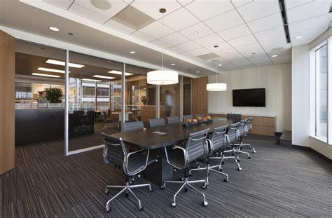 layout tata ruang kantor tertutup desain ruang kantor idaman minimalis oleh antony riyadi