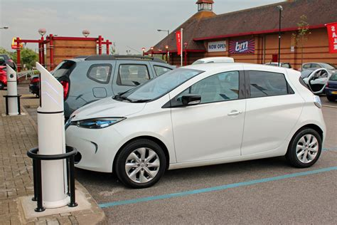 renault zoe boot space 100 renault zoe boot space best electric cars of