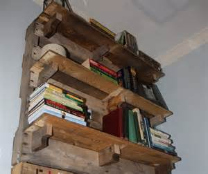 Chevron Table Linens - diy pallet bookshelf plans or instructions wooden pallet furniture