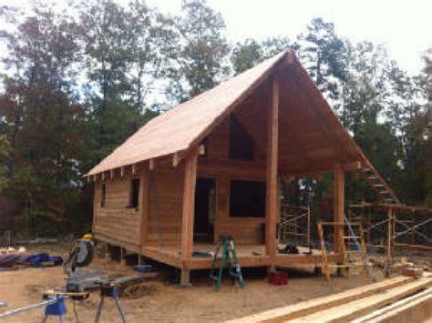 cedar log cabin trapper the grid log cabins