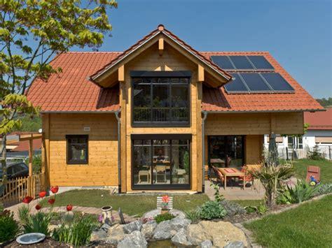 Suche Holzhaus Mit Grundstück Zu Kaufen by Klassische H 228 User Fullwood Haus Am B 228 Chle