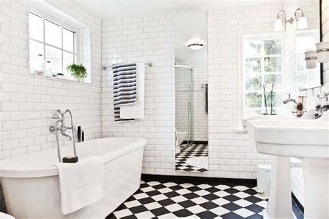 Black And White Tile Bathroom Decorating Ideas Black And White Tile Bathroom Ideas